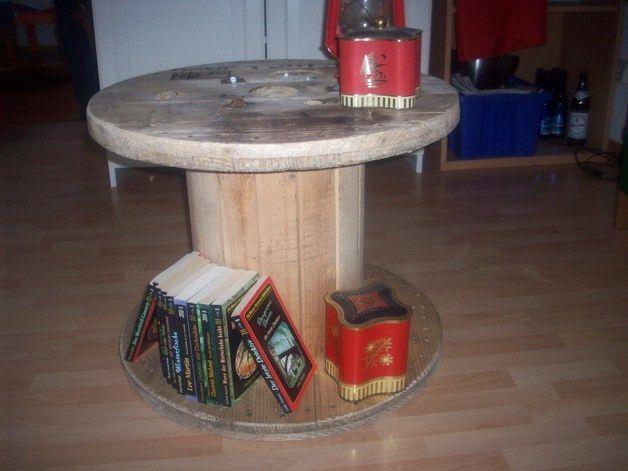 die 25 besten ideen zu kabeltrommel tisch auf pinterest kabeltrommel palette couchtische und. Black Bedroom Furniture Sets. Home Design Ideas