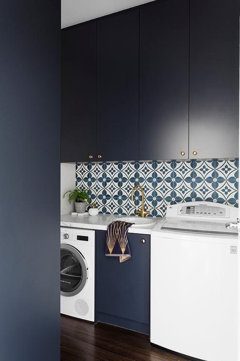 Chic dark blue laundry room