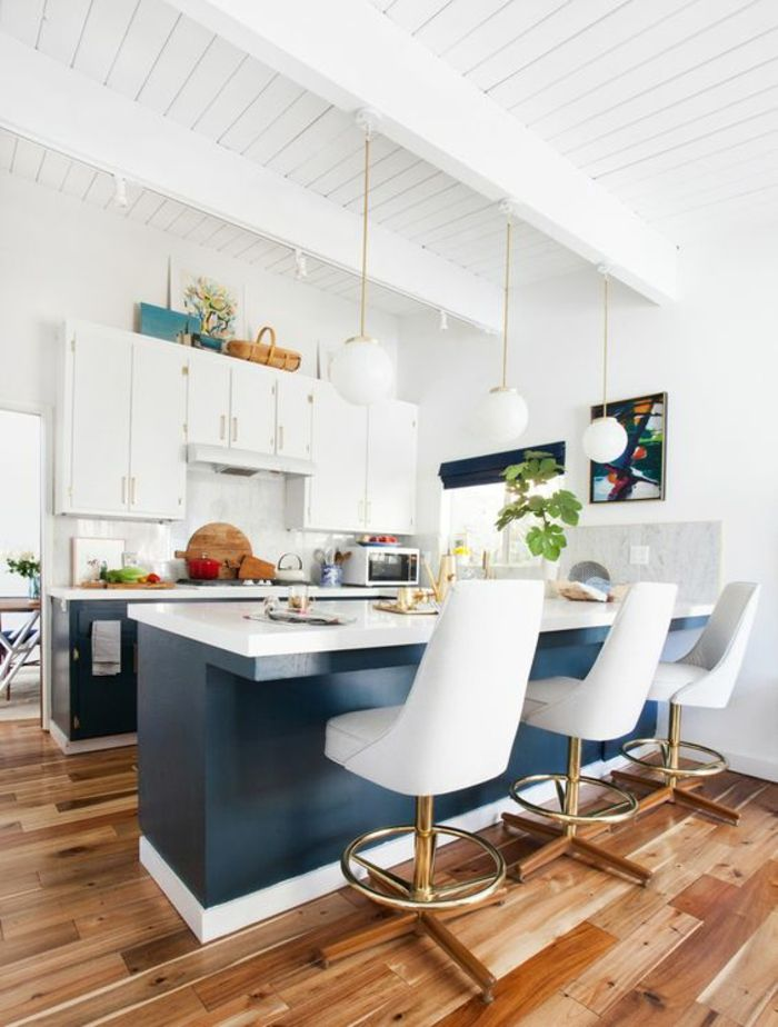 les 25 meilleures id es de la cat gorie poutres peintes sur pinterest poutres au plafond peint. Black Bedroom Furniture Sets. Home Design Ideas