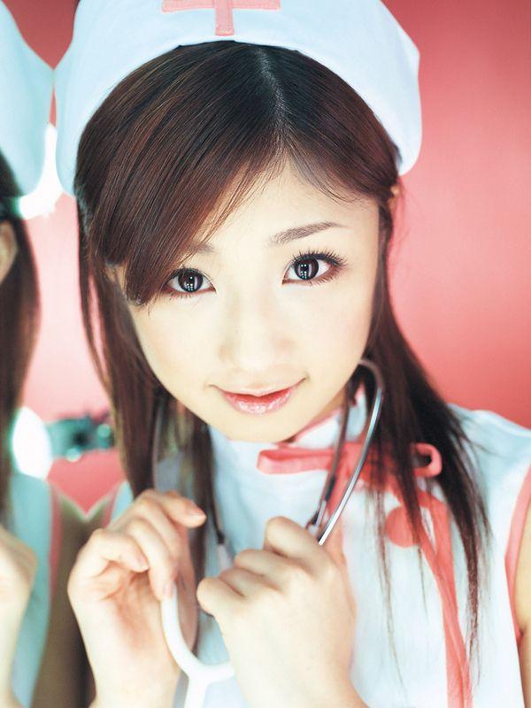 yuko-ogura-nurse-01.jpg (600×800)