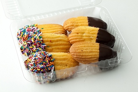"Oblong ""finger cookies"" made of two cookie sides with a center smear of jam. End-dipped in chocolate and colored sprinkles for a final touch"