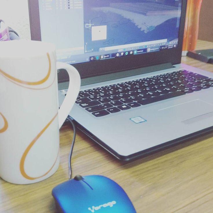 De todo corazón les deseo un feliz lunes. #happymonday #coffee