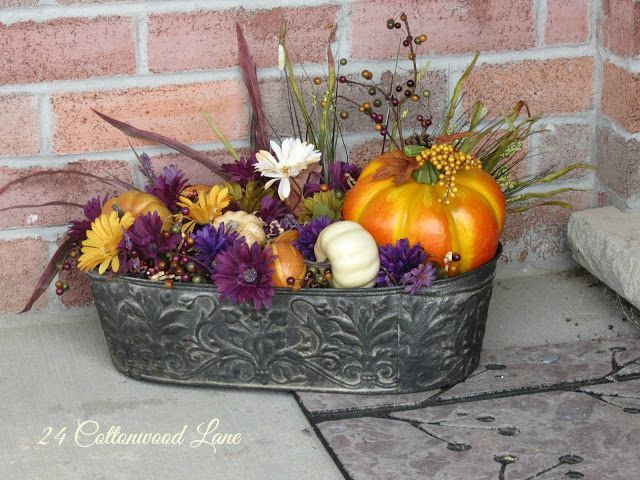 24 Cottonwod Lane Fall Planter