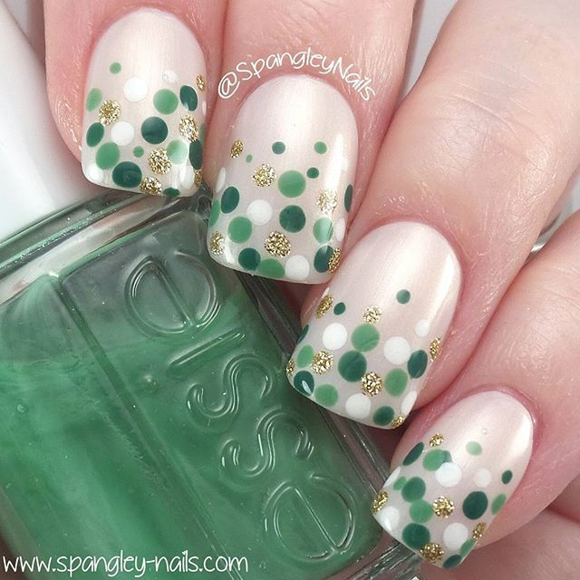 Happy St Patrick's Day folks I've just done this simple dotticure inspired by @_nailsbyjacky Thanks for sticking with me during my little sebatical I've been so busy! But good news, new stuff up by the end of the week! ❤