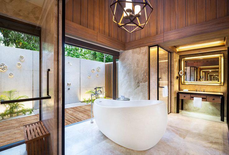 Beach+Villa+with+Pool+-+Bathroom
