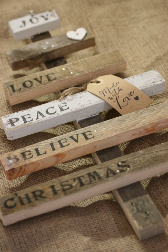 Pallet Christmas Tree (White wood Joy...) £18.00