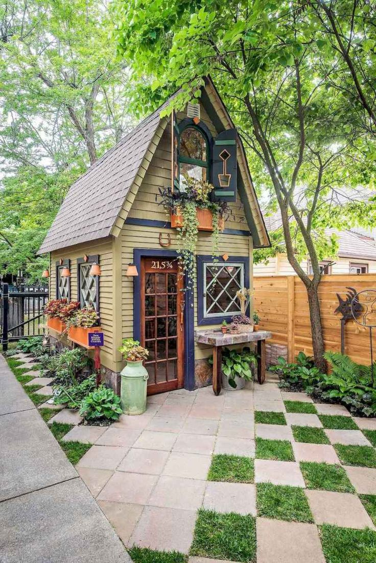 01 stunning small cottage garden ideas for backyard landscaping