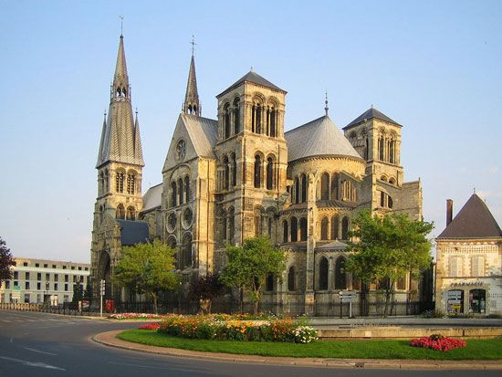 """The Champagne region of France is another of my """"dream vacations"""".  Chalons-en-Champagne"""