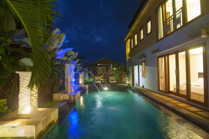 OopsnewsHotels - C-Brity Villa Spa & Restaurant. C-Brity Villa Spa & Restaurant is ideally placed in a peaceful setting in Canggu, a short car ride from Tanah Lot. It also provides an executive floor, valet parking and an outdoor pool.   The hotel provides a concierge service, as well as car hire and bicycle rental. Staff are available 24-hours a day and can assist with booking tours and tickets.
