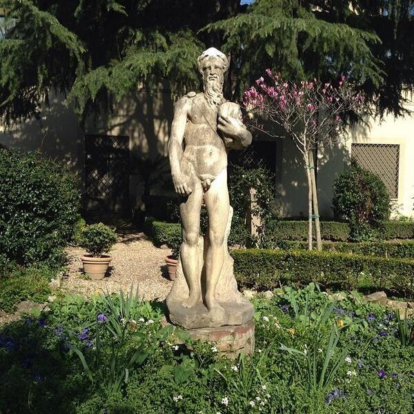 Le #sculture nel Giardino monumentale del #MAF #Firenze