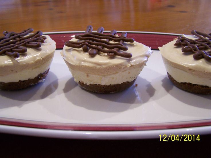 Café Latte Cheesecakes. Find the recipe at www.whatscookingella.com/blog/cafe-latte-cheesecakes1