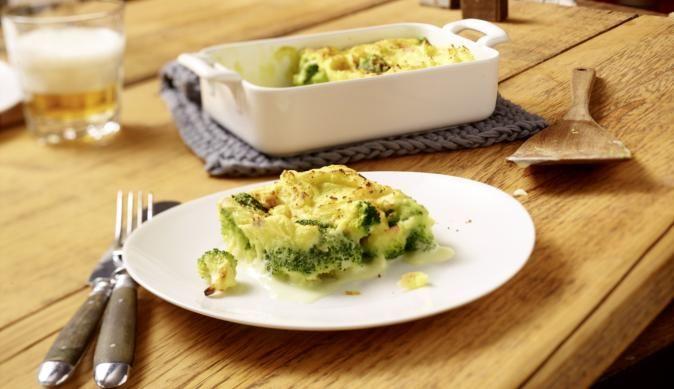 Broccoli unter der Kartoffelhaube Ein einfach zuzubereitendes Gericht aus wenigen Zutaten ist dieser Broccoli unter der Kartoffelhaube. Wenn es mal wieder vegetarisch sein soll
