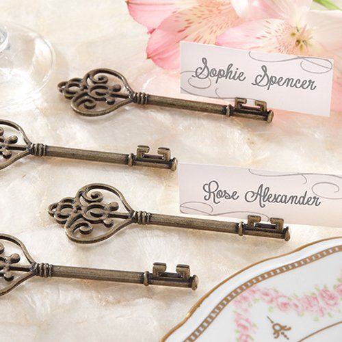 Vintage Heart Shaped Key Place Card Holder