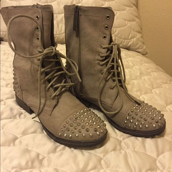1000  ideas about Studded Combat Boots on Pinterest | Combat boots