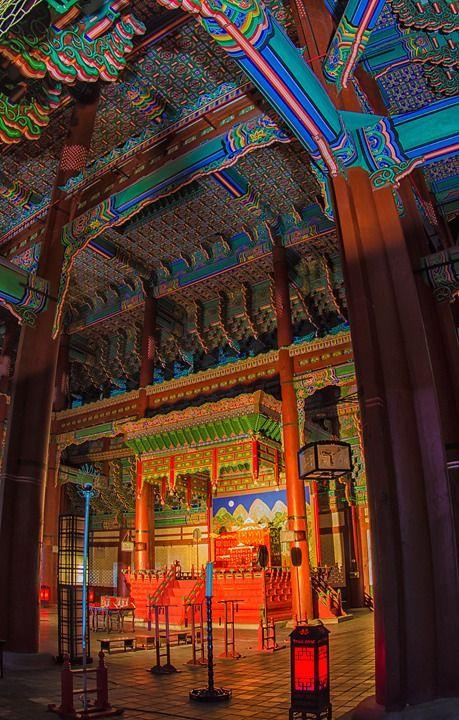#gyeongbokgung #gyeongbokpalac e#palaces #seou l#southkorea #thronehall #architecture