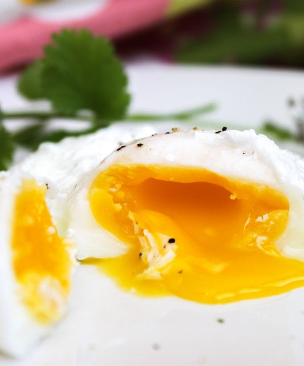 How to Poach an Egg Perfectly Every Time | Poached eggs ...