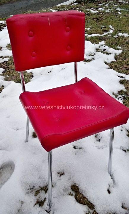 Dvě Retro židle Belet v původním stavu. Jeden kus za 750,- Kč.