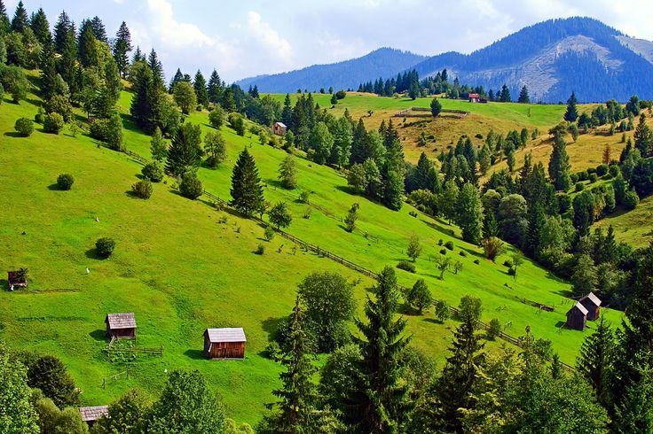 #Bucovina is one of the most attractive and most visited tourist areas in #Romania. The region is proud to have received the Pomme d'Or international prize by The International Federation of Travel Writers and Tourism Journalists in 1975