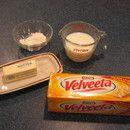 Creamy velveeta cheese sauce