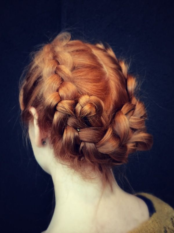 www.kutritamminen.fi Braided updo that I made yesterday to my lovely sister.#updo #fastupdo #cutehair #cuteupdo #braidedupdo #braid #easyhairstyles #instabraid #Hiushuoltamo #Wellaprofessional #Wella #Illumina