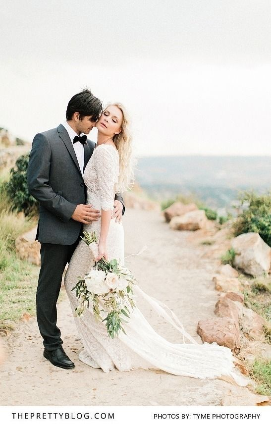 Effortlessly sophisticated wedding inspiration   Photograph by Tyme Photography   Dress by White Lilly Bridal http://www.theprettyblog.com/wedding/effortlessly-feminine-modern-musings/