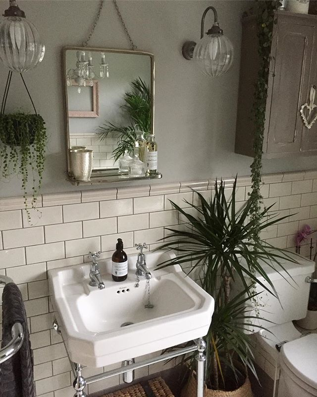 Have you used our tiles in your home? Share your creation with us today to get featured with hundreds of stunning customer photos.