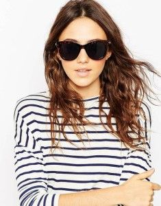 Retro Black Sunglasses. Buy it here >>> http://justbestylish.com/10-secrets-how-to-be-stylish-in-summer/7/