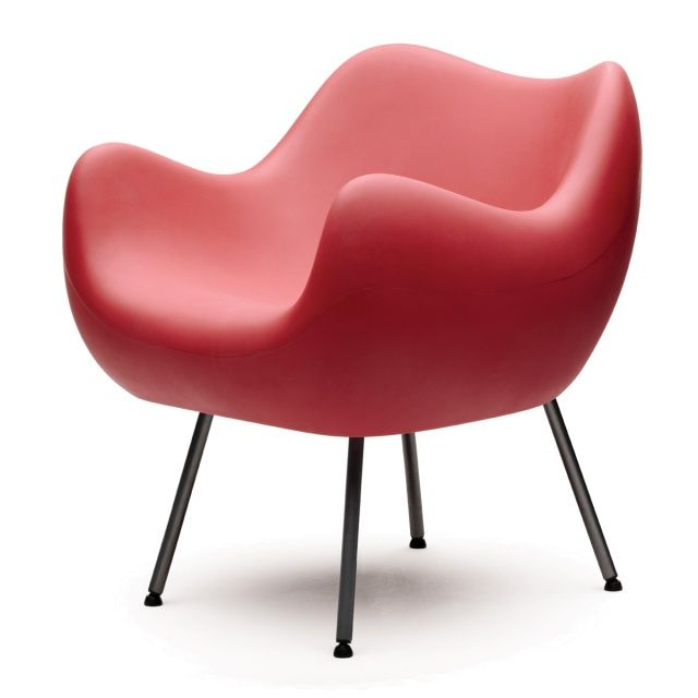RM58 Mat Armchair - VZÓR  Single-handedly designed by Roman Modzelewski, seat suprises not only with innowative technology, but also fully-closed, organic form.