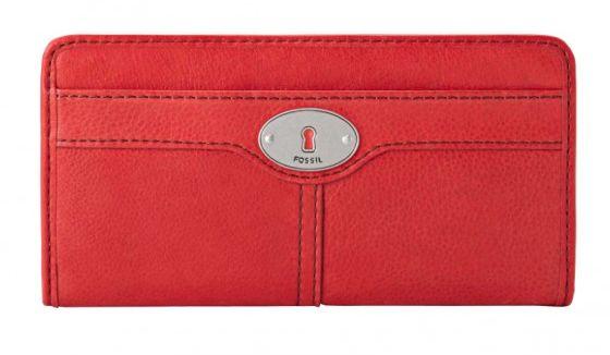 Tellement chic ce portefeuille Fossil avec son cuir de vachette pleine fleur rouge et sa plaque métal serrure propre à la marque.