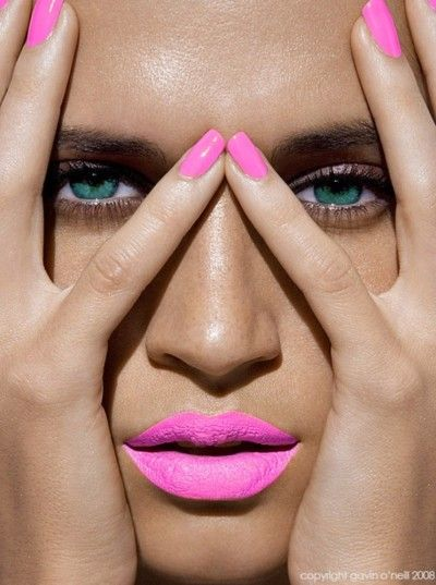 Here's how to do bold pastel lips for SS14 http://www.burlexe.com/burlesque-bold-pastel-lips-ss14/