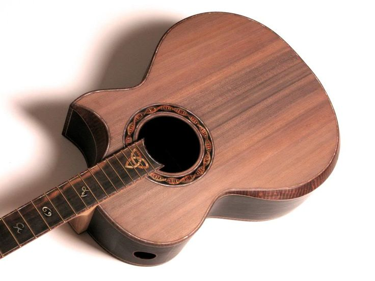 how to become a luthier
