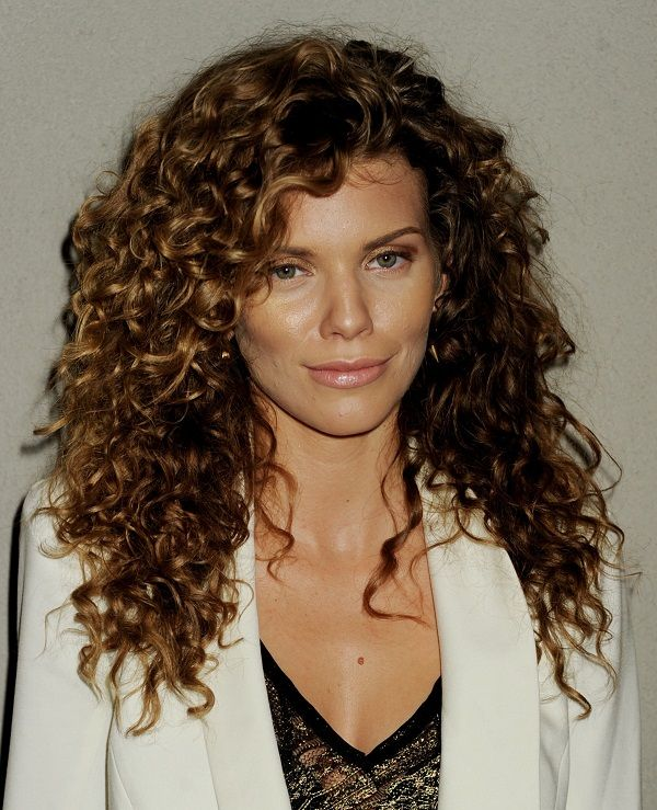 Quick And Easy Hairstyles For Naturally Curly Hair