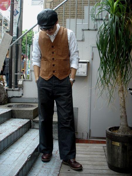 Vest:Pherrow's P3V-D PANTS:CUSHMAN #22686 BLACK CHAMBRAY PANTS SHOES:CUSHMAN 40`S U-TIP MOCCASIN