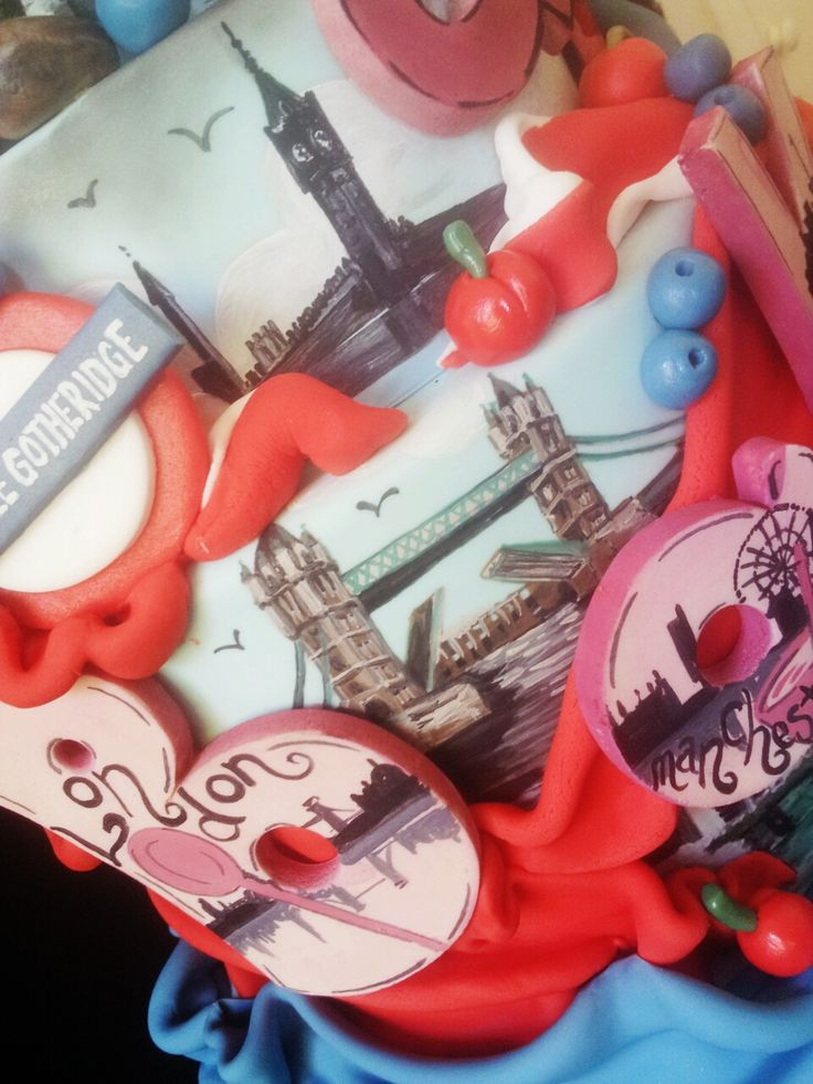 Best Cake Decorating Gadgets : Top 25 ideas about Our 2015 Official Show Cake on ...