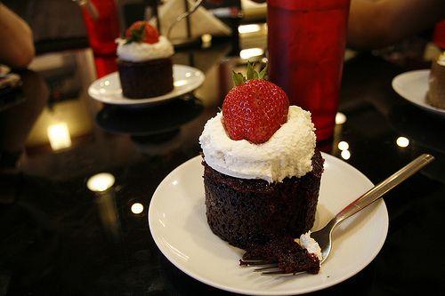 it's so beautiful :) yummy....