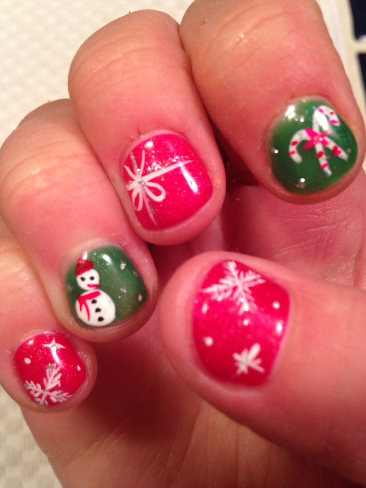 Best 25+ Christmas gel nails ideas on Pinterest   Gel nail ...