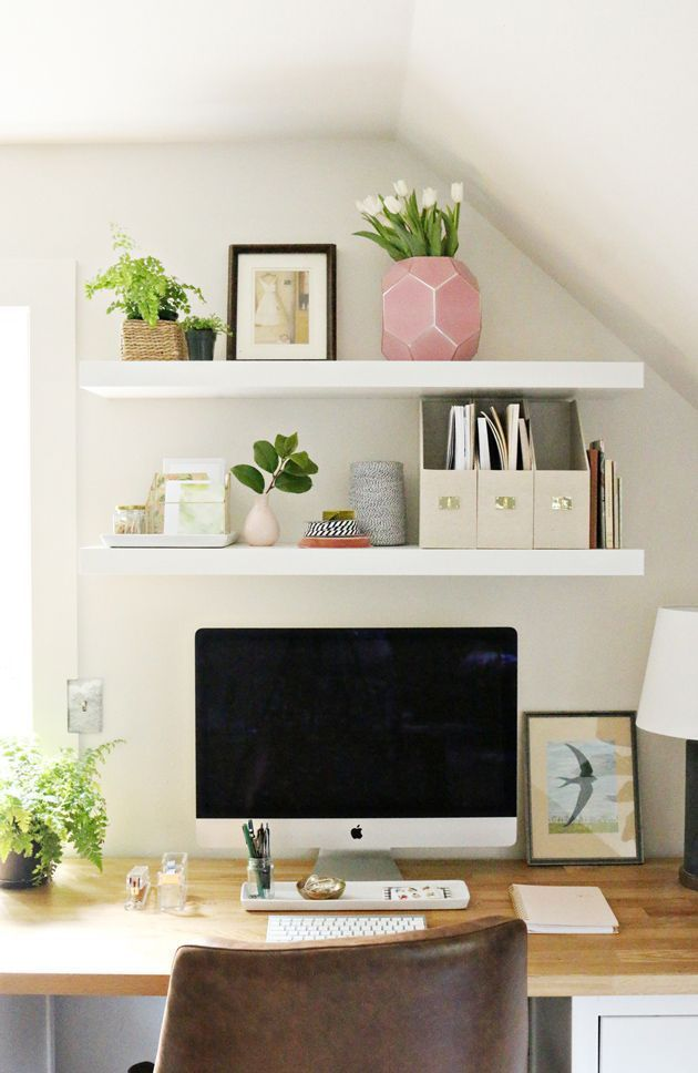 loving this cute simple and clean office space petit coin bureau meuble