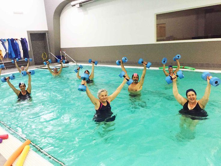 L'allenamento in acqua limita i traumi e facilita i movimenti, migliora la circolazione venosa ed è rilassante!