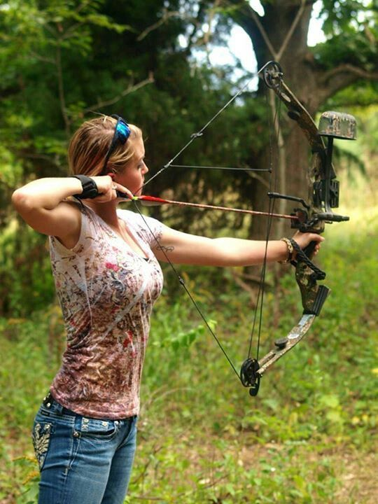 45 Best Girls And Archery Images On Pinterest Archery