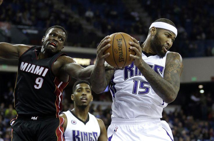 SACRAMENTO, California, EE.UU. (Miami Al Día) — Chris Bosh anotó 30 puntos el viernes por la noche y Luol Deng 25, liderando al Heat de Miami en una victoria 95-83 sobre los Kings de Sacramento. Mi...