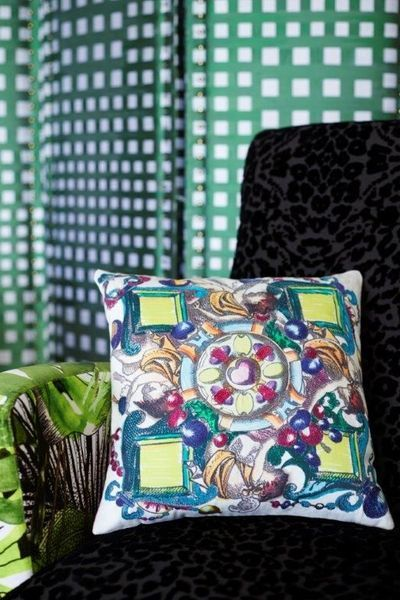 1000 images about christian lacroix on pinterest lush patio and tropical. Black Bedroom Furniture Sets. Home Design Ideas