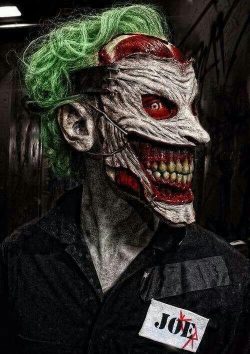 Cosplay Joker So creepy...but so impressive...