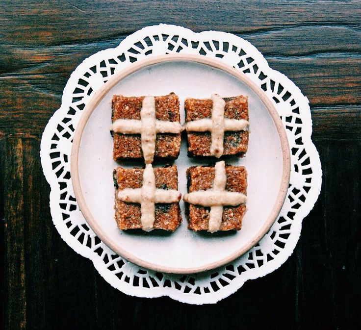 Healthy hot cross buns (gluten free and dairy free)