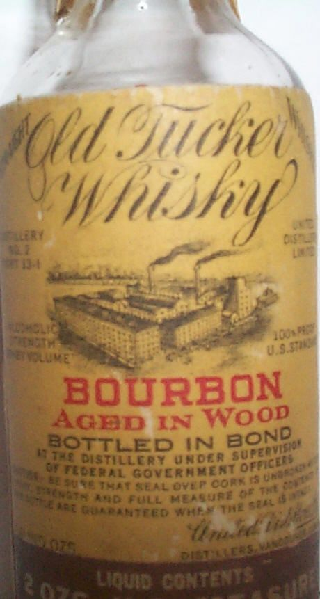 Old Tucker Whisky Bourbon Aged In Wood Bottled In Bond United Distillers