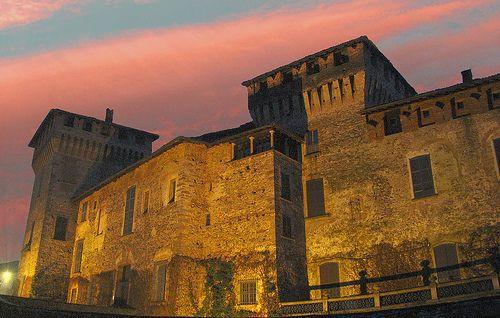 Somma Lombardo (Varese) - Castello Visconteo  #TuscanyAgriturismoGiratola
