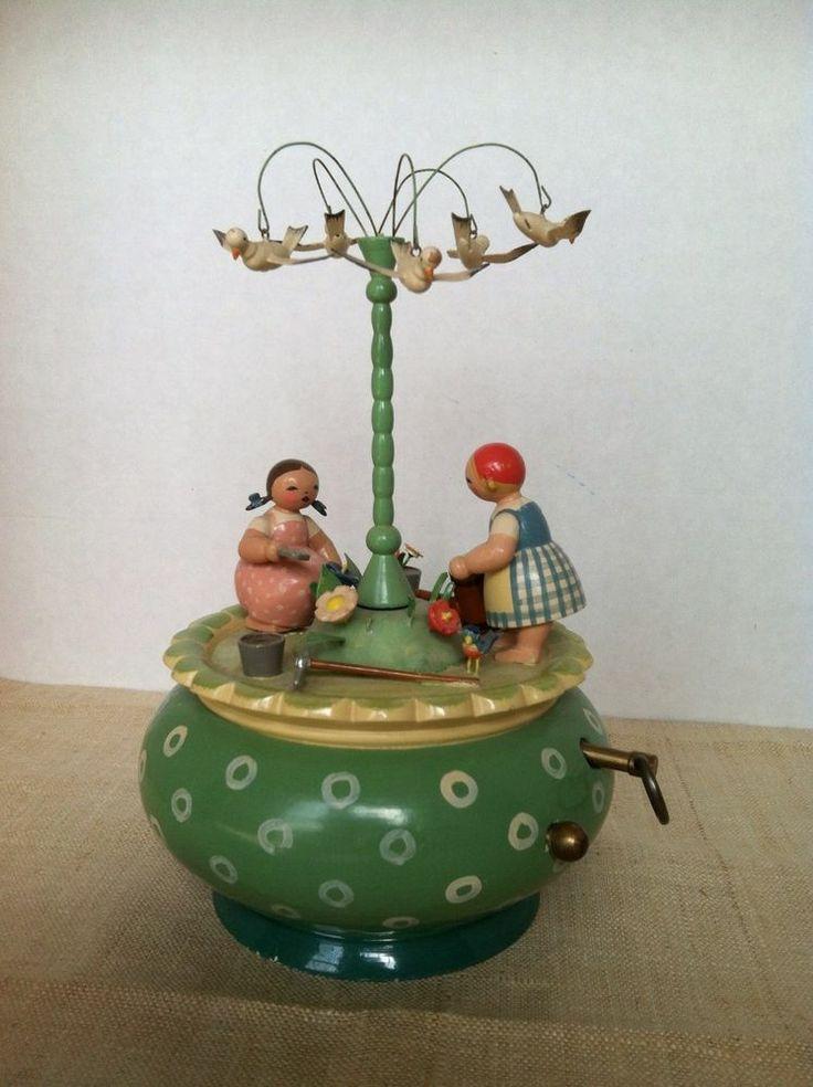 Erzgebirge German vintage music box Wendt Kuhn garden bird girls spring easter