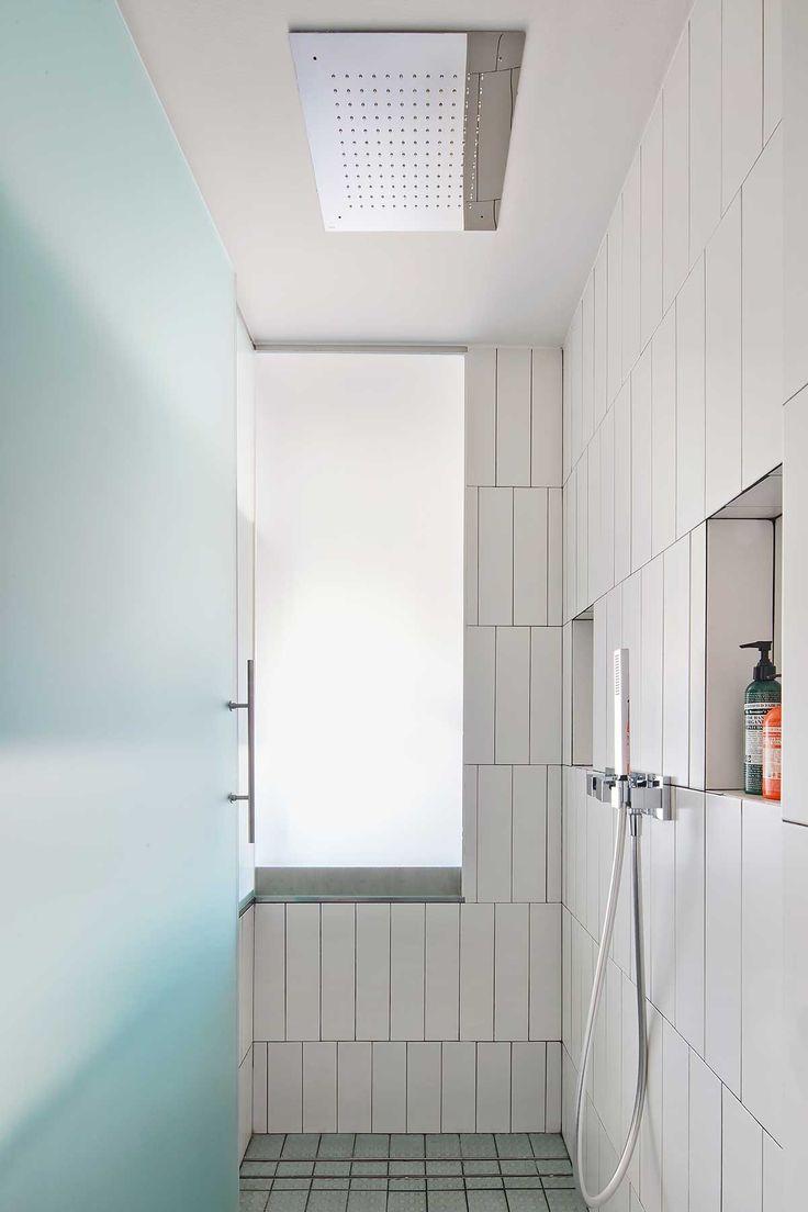 http://www.revistaad.es/decoracion/casas-ad/galerias/reinventando-los-ochenta/9162/image/637790
