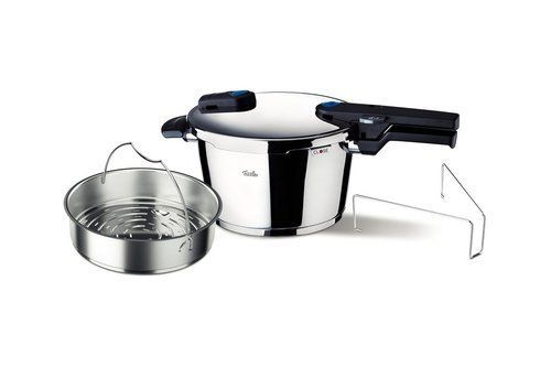 Fissler FSSFIS5852 Vitaquick Pressure Cooker with Perforated Inset, 4.5 L, Stainless Steel