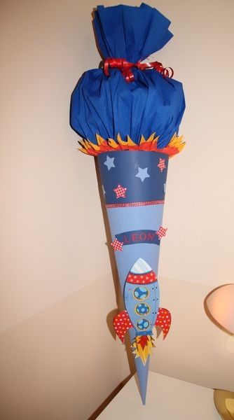 Schultüte Rakete von Kindertraumland auf DaWanda.com