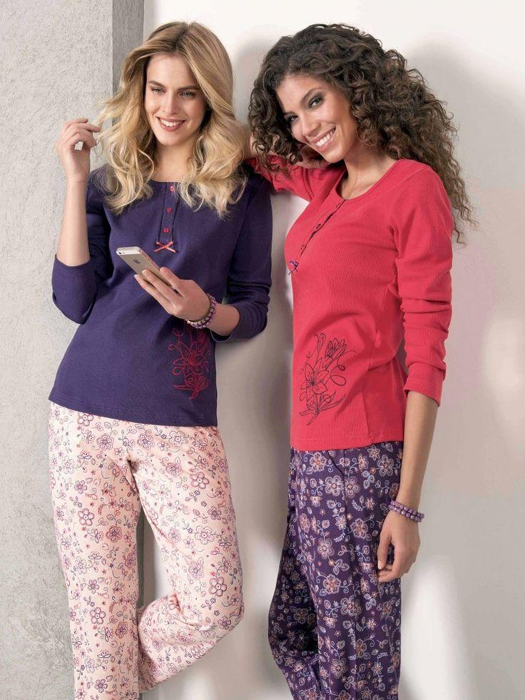 Çiçek Desenli Bayan Pijama Takımı 940